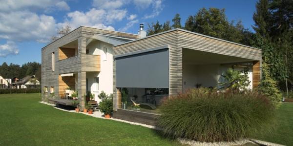 Zipscreen2: protezione solare in tessuto, un'atmosfera naturale in casa e una buona visuale verso l'esterno.