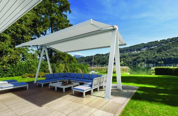 UVE - struttura autoportante in alluminio per ombreggiare giardini e locali. Garantisce la protezione di una superficie di 36mq. in modo elegante. Dotato di illuminazione LED incorporata.