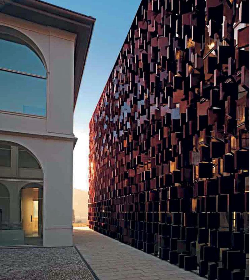 Biblioteca civica di Nembro (Bergamo)