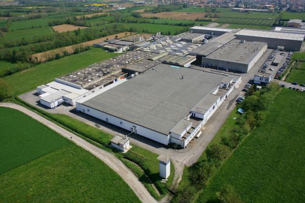 Stabilimento Parà a Pontirolo / The Parà plant in Pontirolo