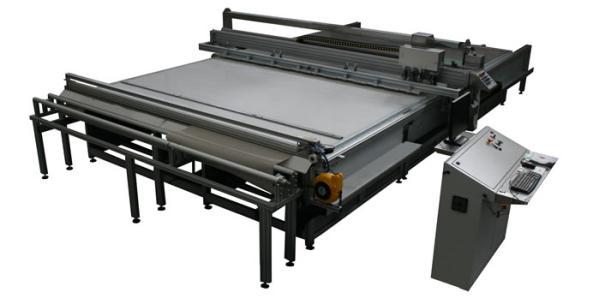 SM-370-TA Plotter da taglio multi utensile: lame - laser - ultrasuono - marcatore / SM-370-TA Multiple tool flat bed cutting plotter: blade ? laser ? ultrasonic - marker