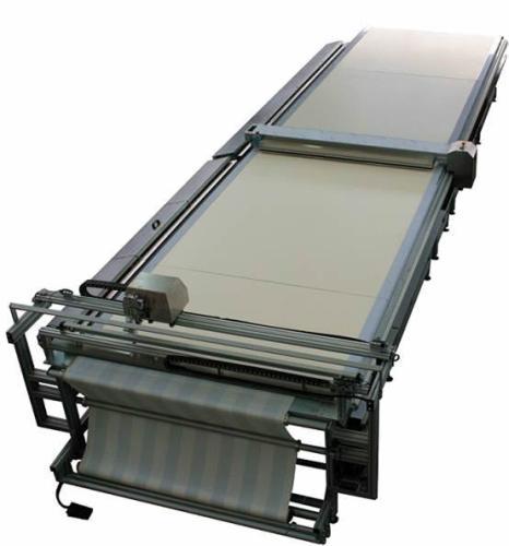 SM-400-TA Impianto da taglio ortogonale per tessuti con tecnologia ad ultrasuoni / SM-400-TA Orthogonal ultrasonic cutting system for textiles