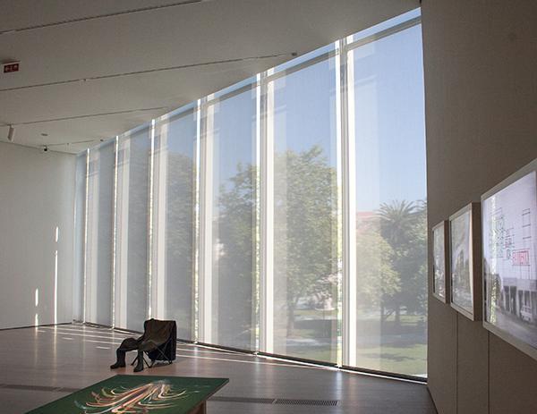 Schermature ad arte per il Centro Botín firmato da Renzo Piano sulla baia di Santander.