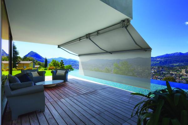 BARRA TERMINALE VERTIKO - Di installazione facile e veloce, può raggiungere fino a m. 1,80 di sporgenza e garantire spazi intimi e massima privacy grazie alla protezione anche dalla luce orizzontale.