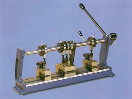 Stampo manuale foro lamella 50 mm / Manual punching 50 mm slat tool