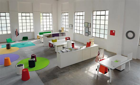 Office design il sistema di arredo ten up 2 di sinetica for Arredo office