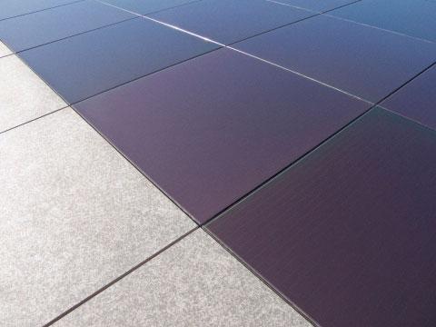Pavimentazioni fotovoltaiche vetroceramiche