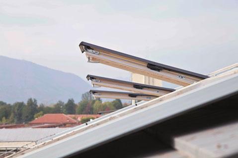 Serramenti e finestre per tetti roto frank italia diventa - Roto finestre per tetti ...