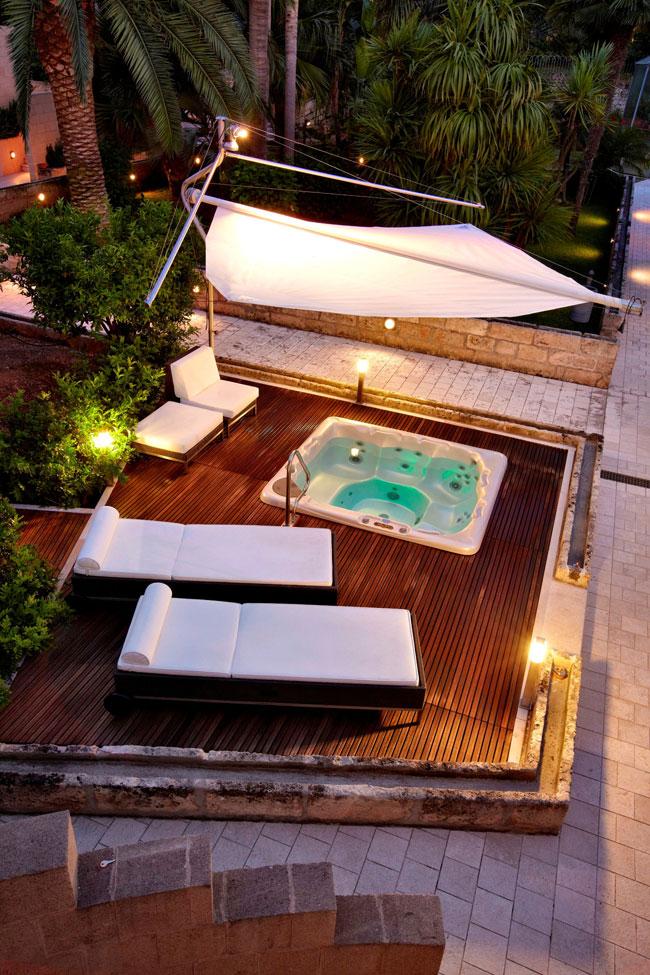 Vasche idromassaggio da esterno le minipiscine spa castiglione relax imprese edili - Minipiscine da esterno ...