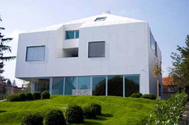 Rivestimenti edilizi high tech DuPont Corian® per residenze di lusso - Cantieri e materiali
