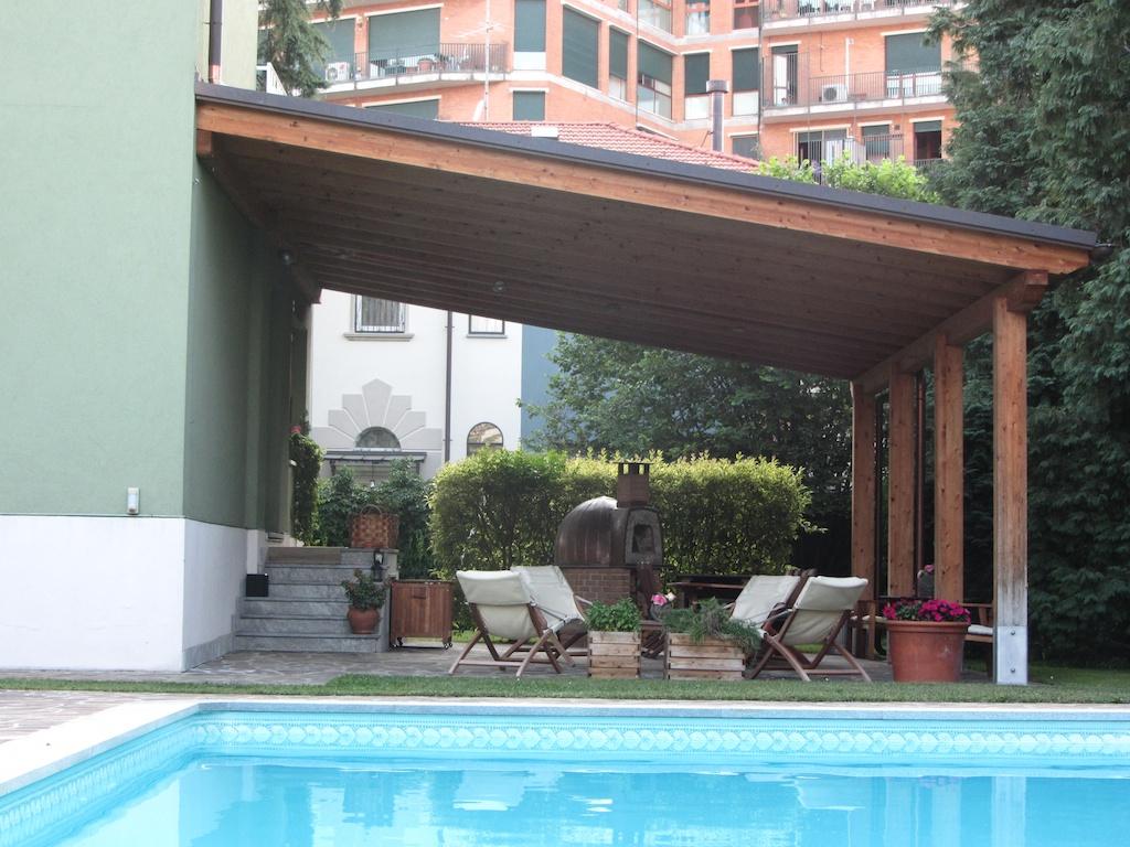 La costruzione di una tettoia su un terrazzo necessita di ...