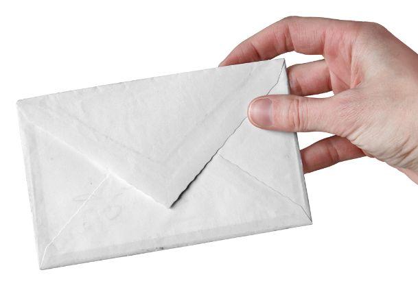 È inesistente la notifica diretta per posta fatta da Equitalia