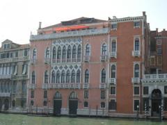 La perfetta fusione tra design moderno e architettura classica